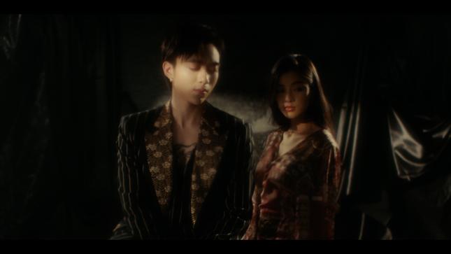 """Tạm gác hình tượng """"bad boy"""", Soobin Hoàng Sơn hóa """"trai mơ"""" trong MV """"Tháng Năm"""" ảnh 5"""