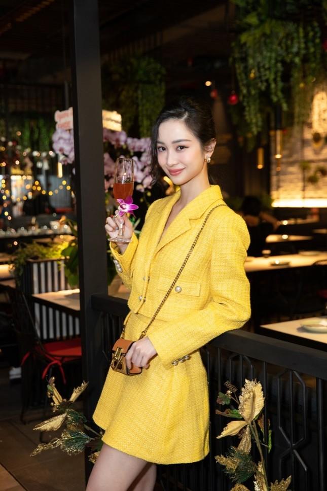 """Kaity Nguyễn đọ sắc Jun Vũ: """"Kẻ tám lạng, người nửa cân"""", visual ngọc nữ không đùa được ảnh 1"""