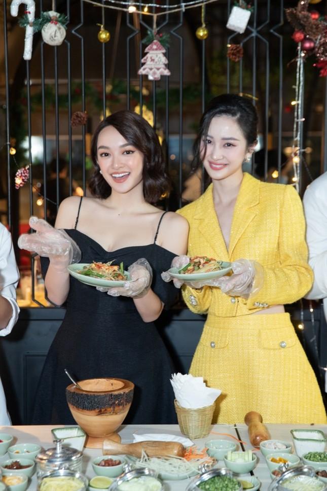 """Kaity Nguyễn đọ sắc Jun Vũ: """"Kẻ tám lạng, người nửa cân"""", visual ngọc nữ không đùa được ảnh 4"""