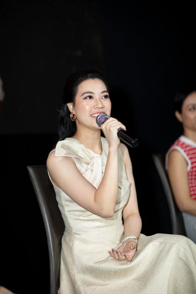 """Kyo York tiết lộ """"cảm nắng"""" bạn diễn Linh Chi khi quay phim truyền hình """"Cây nước mắt"""" ảnh 2"""