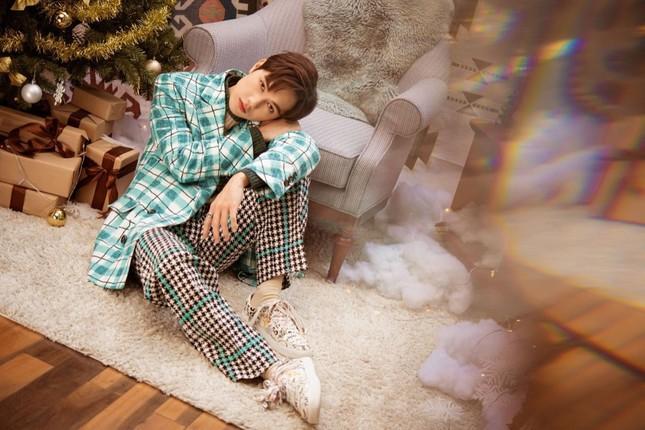 """Cặp chị em """"cùng nhà"""" Cara - JSol đàn hát Acoustic mộc mạc chào đón Giáng sinh ảnh 3"""