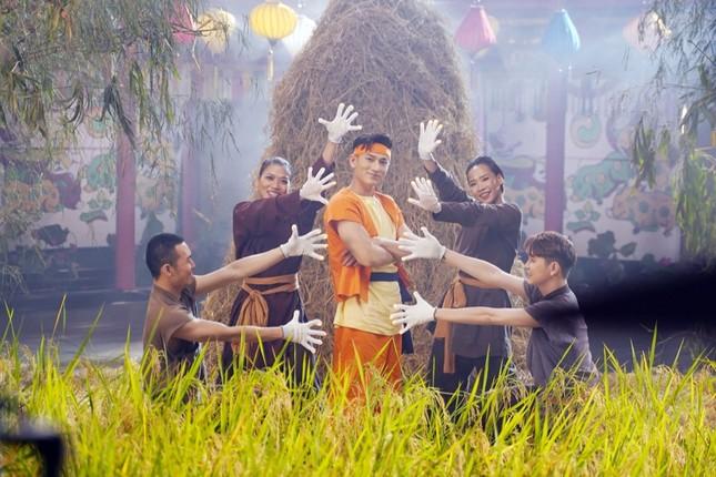 """Sau hit quốc dân """"Bống Bống Bang Bang"""", nhóm 365 bất ngờ tái hợp trong MV """"Trạng Tí"""" ảnh 4"""
