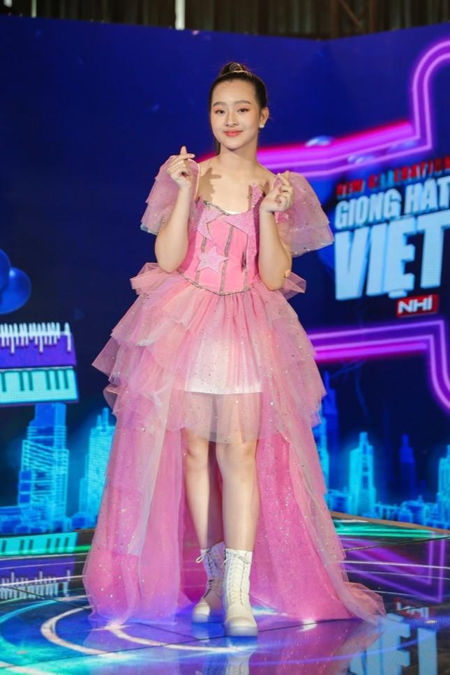 """Giọng hát Việt nhí: Big Daddy - Emily tung quà """"khủng"""" nhưng lại là đội """"ế"""" nhất tập 1 ảnh 5"""