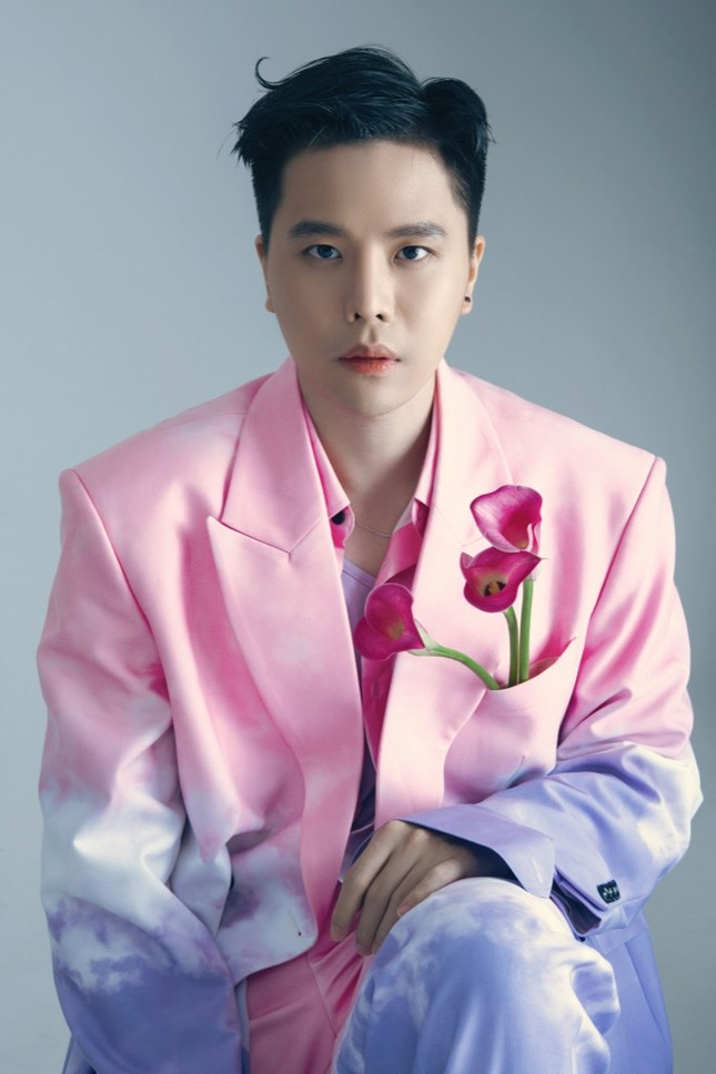 """Sau """"Tâm Sự Tuổi 30"""", Trịnh Thăng Bình trở lại da diết, sâu lắng với OST """"Em Là Của Em"""" ảnh 1"""