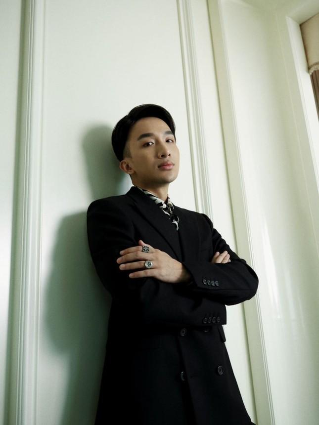 """Hoàng Rob tung bộ ảnh """"khai pháo"""" 2021, tiết lộ loạt dự án kết hợp cùng Touliver, SlimV ảnh 4"""