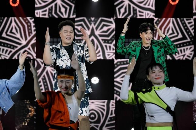 """Bùi Anh Tuấn hát cùng Quán quân """"King of Rap"""", Hòa Minzy nhận rapper Lăng LD làm em trai ảnh 7"""