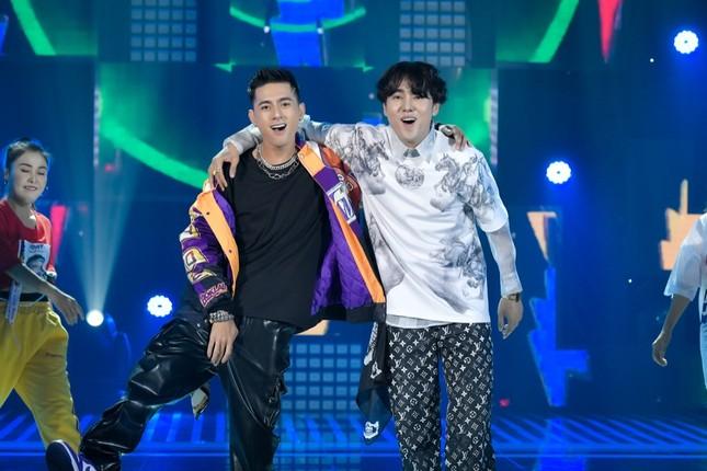 """Bùi Anh Tuấn hát cùng Quán quân """"King of Rap"""", Hòa Minzy nhận rapper Lăng LD làm em trai ảnh 5"""