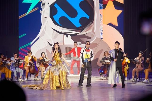 Dế Choắt vừa được gọi tên tại lễ trao giải WeChoice, nút vàng YouTube lập tức đến tay ảnh 2
