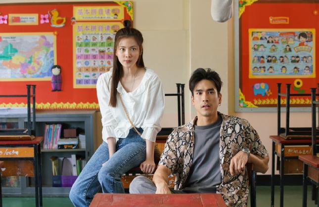 """Baifern Pimchanok: Mỹ nhân hàng đầu showbiz Thái Lan, luôn sánh đôi với toàn """"cực phẩm"""" ảnh 4"""