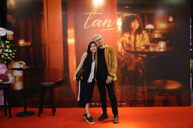 Đạo diễn trẻ của nhiều MV V-Pop ra mắt phim ngắn đầu tay, được Kathy Uyên ủng hộ hết mình ảnh 6
