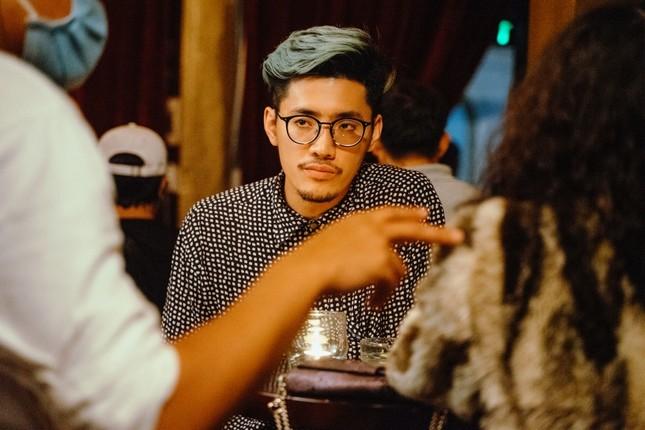 Đạo diễn trẻ của nhiều MV V-Pop ra mắt phim ngắn đầu tay, được Kathy Uyên ủng hộ hết mình ảnh 2