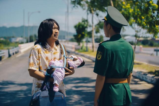 """Sau """"Chị Mười Ba"""", Thu Trang lui về làm nhà sản xuất phim mới cho Tiến Luật đóng chính ảnh 3"""