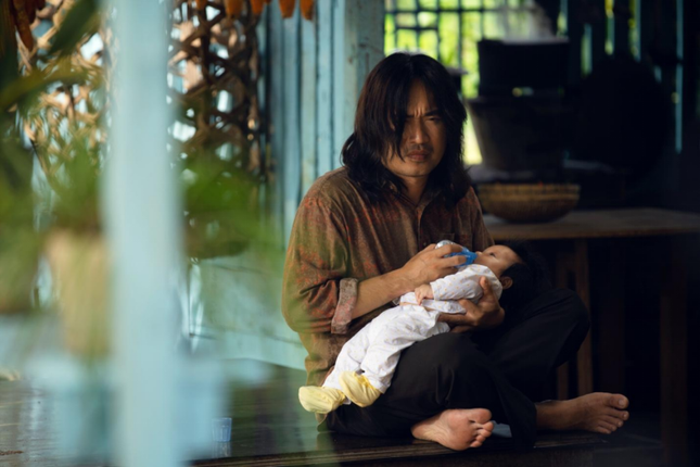 """Sau """"Chị Mười Ba"""", Thu Trang lui về làm nhà sản xuất phim mới cho Tiến Luật đóng chính ảnh 2"""