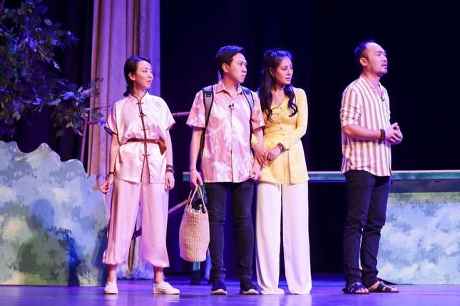 """Hoài Linh, Thu Trang, Nam Thư hội ngộ khán giả trong kịch """"Xuân này em lấy chồng"""" ảnh 3"""