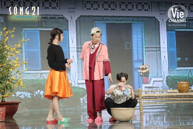 Danh hài Hoài Linh nhập vai Binz, trở lại màn ảnh nhỏ trong đêm Giao thừa Tết Tân Sửu ảnh 5