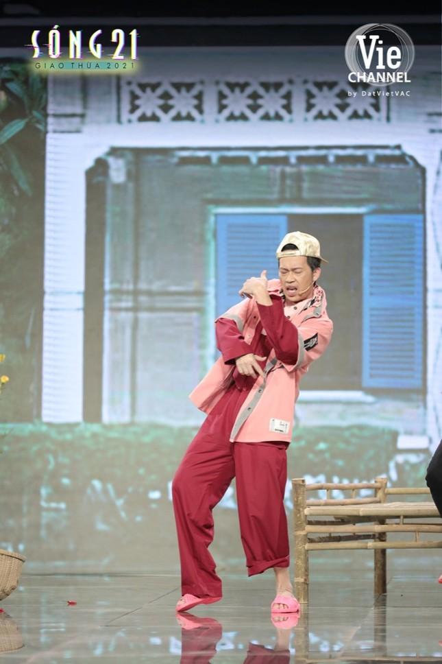 Danh hài Hoài Linh nhập vai Binz, trở lại màn ảnh nhỏ trong đêm Giao thừa Tết Tân Sửu ảnh 3