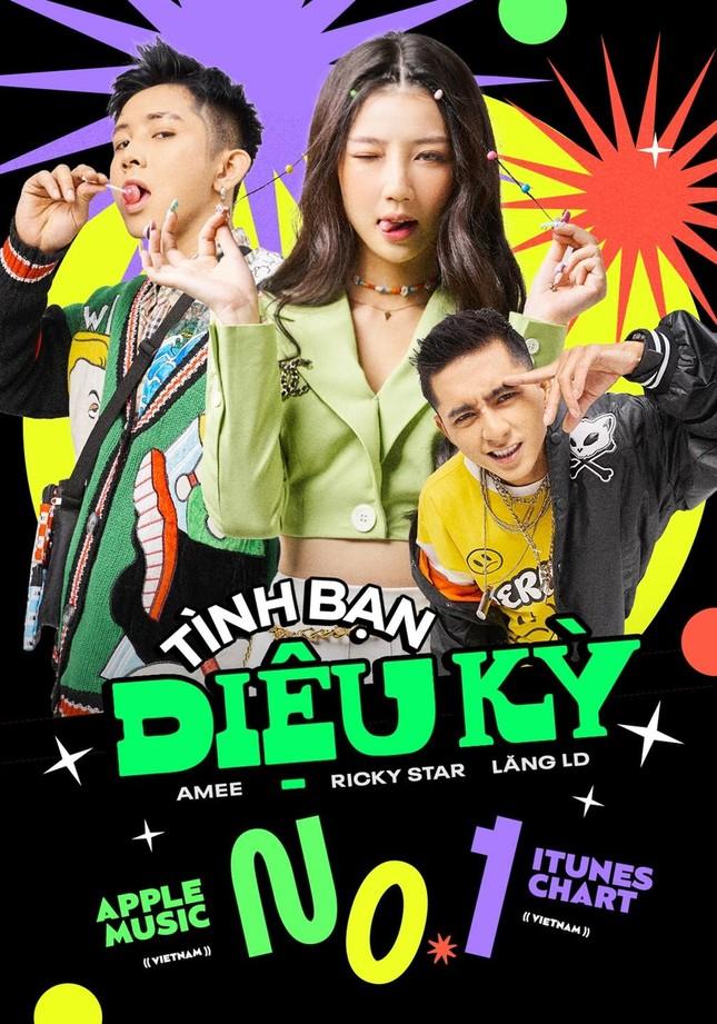 """Bài hát của Amee, Ricky Star và Lăng LD lội ngược dòng, """"gây bão"""" trên TikTok và các BXH âm nhạc ảnh 1"""