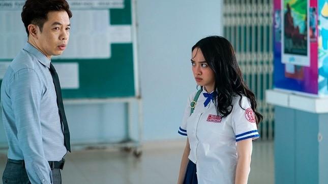 """Kaity Nguyễn thay đổi ngoạn mục thế nào từ """"Em chưa 18"""" đến """"Gái già lắm chiêu""""? ảnh 3"""