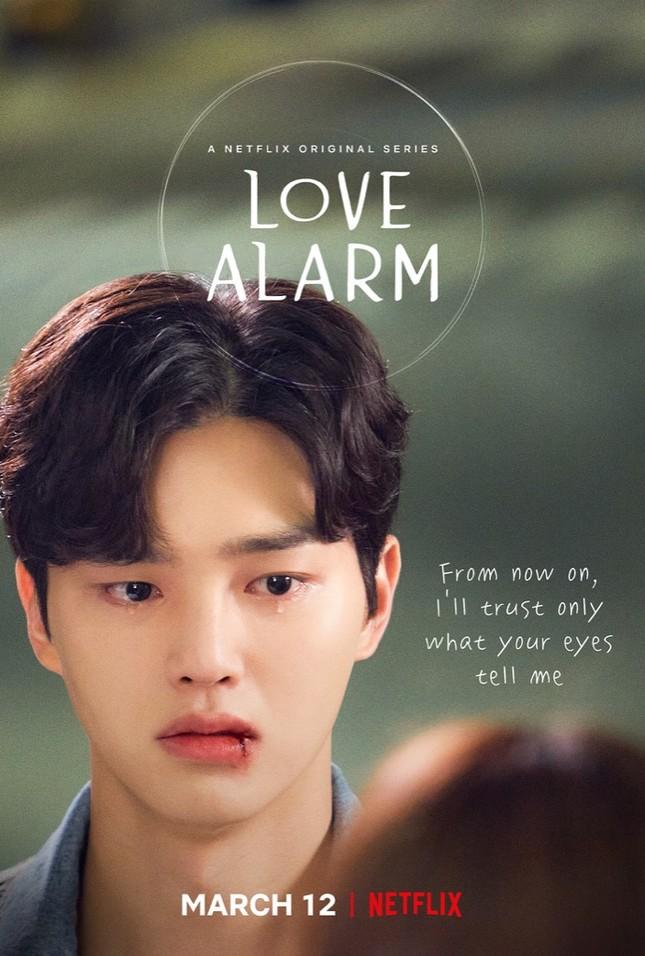 """Độc quyền: Trò chuyện cùng Kim Sohyun, Song Kang và đạo diễn phim """"Love Alarm 2"""" ảnh 7"""