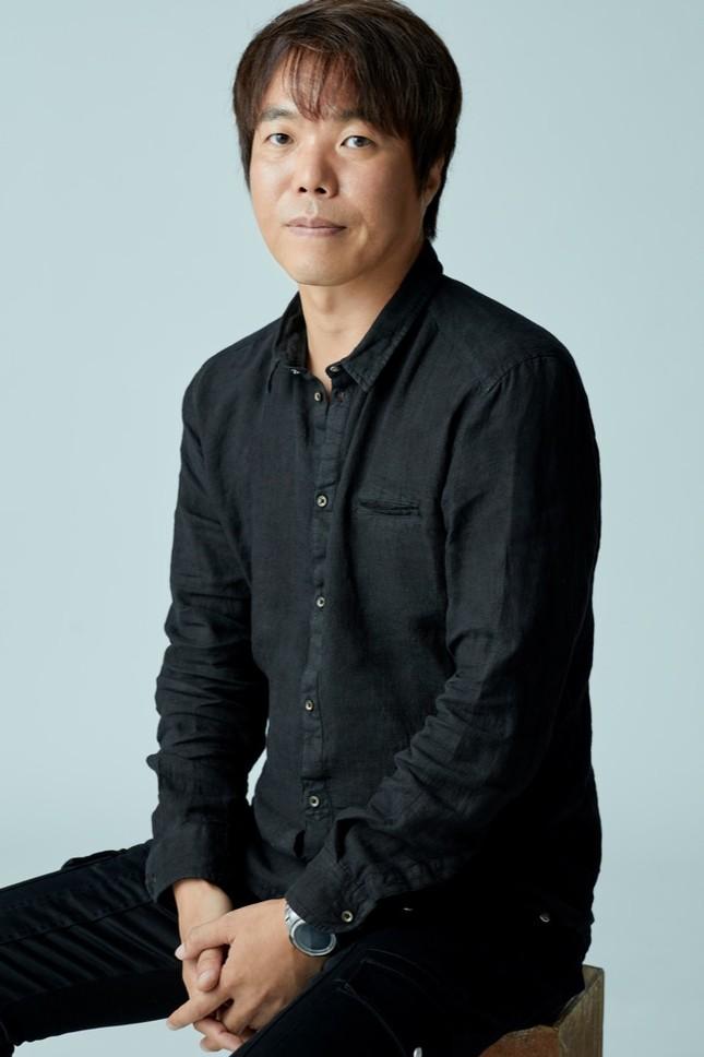 """Độc quyền: Trò chuyện cùng Kim Sohyun, Song Kang và đạo diễn phim """"Love Alarm 2"""" ảnh 4"""