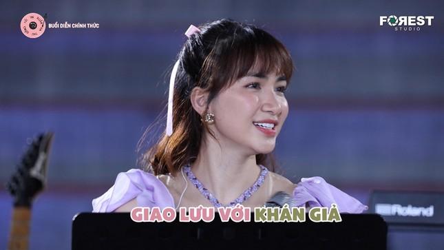 Hòa Minzy - Văn Mai Hương tiếp tục khuấy đảo Top Trending với loạt hit đình đám ảnh 6