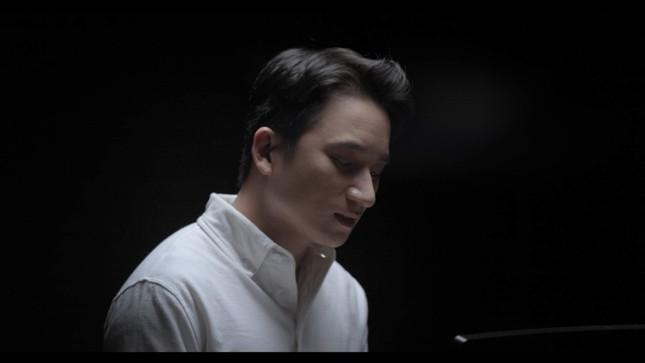 """""""Bố Già"""" tung nhạc phim của Phan Mạnh Quỳnh, khán giả thổn thức vì ca từ đẹp ảnh 2"""