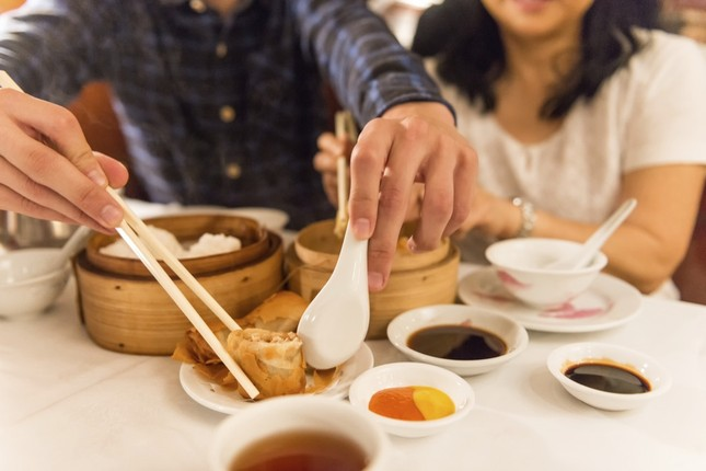 Du khách Việt đánh giá thành phố biển Đà Nẵng là nơi lý tưởng nhất để ăn hải sản ảnh 1