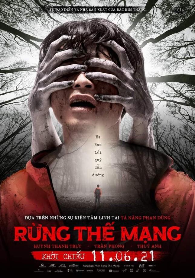 """Phim sinh tồn """"Rừng thế mạng"""" tung poster chính thức, đột ngột dời lịch chiếu ảnh 2"""