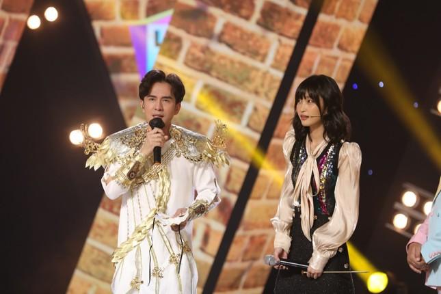 """Vừa được song ca cùng đàn anh Đan Trường, Juky San tiếp tục ẵm món quà """"siêu bất ngờ"""" ảnh 2"""