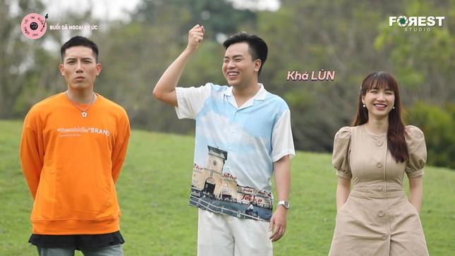 """Uyên Linh """"đốn tim"""" fan với sáng tác ưng ý nhất trong sự nghiệp của Hứa Kim Tuyền ảnh 1"""