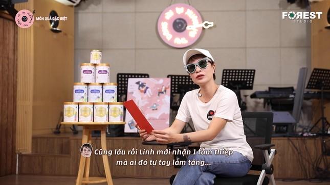 """Uyên Linh """"đốn tim"""" fan với sáng tác ưng ý nhất trong sự nghiệp của Hứa Kim Tuyền ảnh 2"""