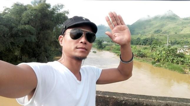 Hé lộ người giúp Flores vẽ tranh 'Mãnh hổ' tặng võ sư Việt ảnh 3