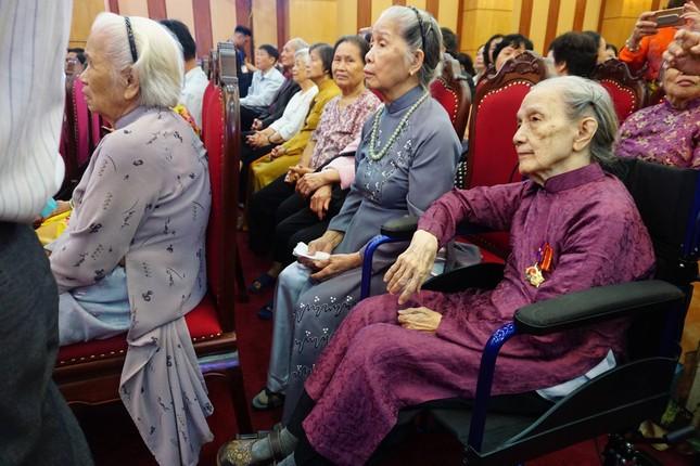 Đầm ấm Lễ hội hữu nghị Việt- Lào ảnh 1