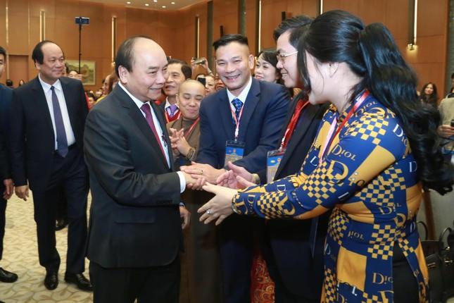Thủ tướng mong bà con kiều bào đoàn kết, giữ gìn tiếng Việt ảnh 1