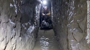 Phát hiện đường hầm vận chuyển ma tuý cực lớn tại biên giới Mỹ- Mexico ảnh 1
