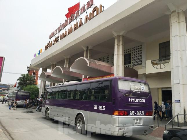 Lo bến lại 'vỡ trận' với đề xuất cho xe khách chạy xuyên tâm Hà Nội ảnh 1