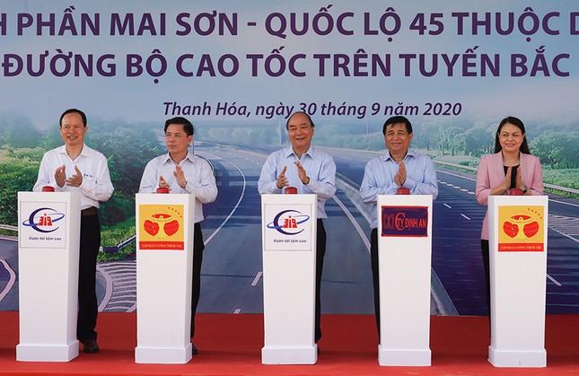 Khởi công xây dựng ba đoạn cao tốc Bắc-Nam, tổng vốn hơn 35 nghìn tỷ đồng ảnh 1