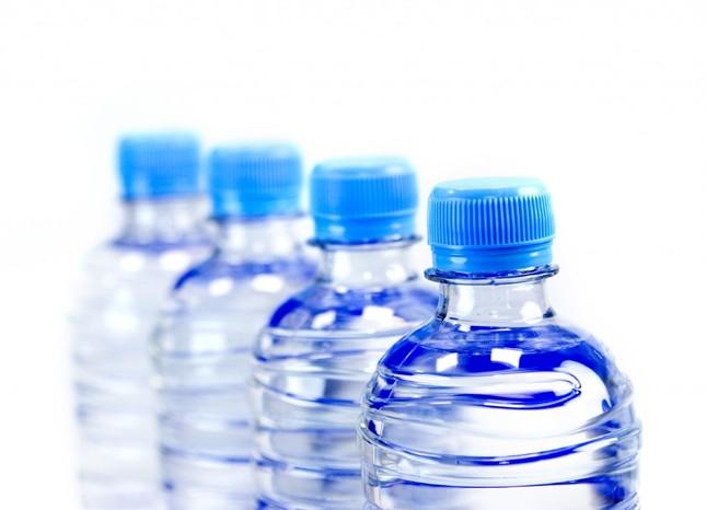 Mắc những bệnh khủng khiếp này vì nhiễm độc hoá chất từ đồ nhựa ảnh 2