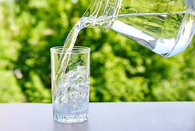 Không muốn hỏng hết gan thận thì đừng bao giờ uống nước kiểu này ảnh 4