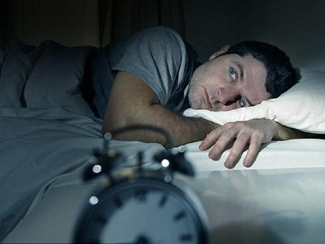 Gặp bác sỹ ngay nếu bạn phải dậy nhiều lần giữa đêm để đi tiểu ảnh 2