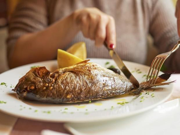 Ăn tôm cua cá cần biết những phần cực độc này để khỏi 'giết' cơ thể ảnh 3