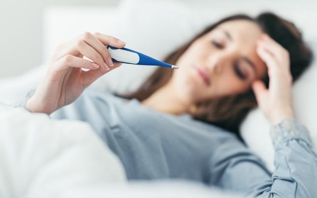 Cách phân biệt nhiễm Covid-19 và cảm cúm thông thường ảnh 3