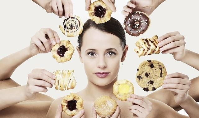 Những thói quen vào buổi tối 'giết' sức khỏe nhanh hơn mắc ung thư ảnh 3