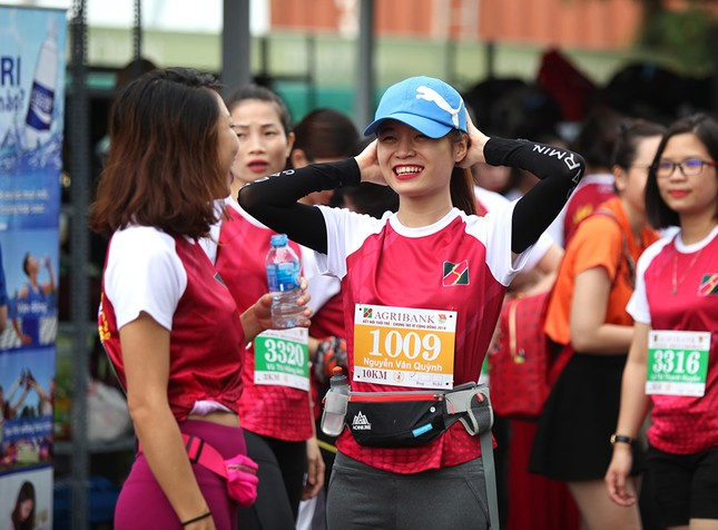 Giải chạy Marathon gây quỹ từ thiện của Đoàn Thanh niên Agribank ảnh 1