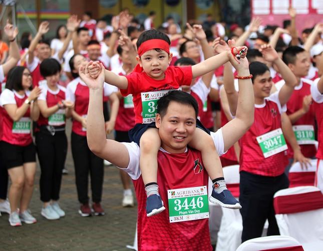 Giải chạy Marathon gây quỹ từ thiện của Đoàn Thanh niên Agribank ảnh 5
