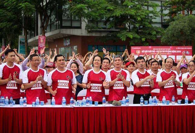 Giải chạy Marathon gây quỹ từ thiện của Đoàn Thanh niên Agribank ảnh 6