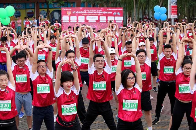 Giải chạy Marathon gây quỹ từ thiện của Đoàn Thanh niên Agribank ảnh 9