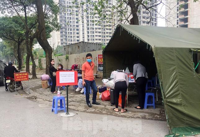 Bên trong khu cách ly có sức chứa 4.000 người ở Hà Nội ảnh 8