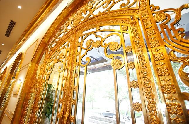 Hà Nội Golden Lake, khách sạn dát vàng có một không hai ảnh 7