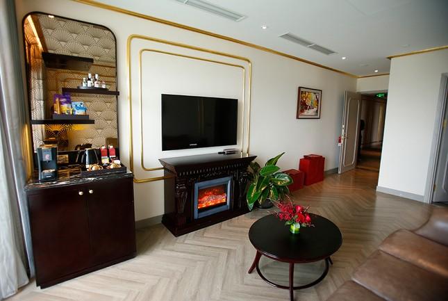 Hà Nội Golden Lake, khách sạn dát vàng có một không hai ảnh 9